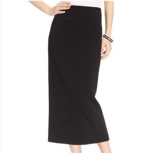 NWOT Briggs Black Maxi Skirt Back Slid Hem